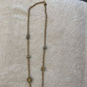 Jewelry - Gold and bead necklace